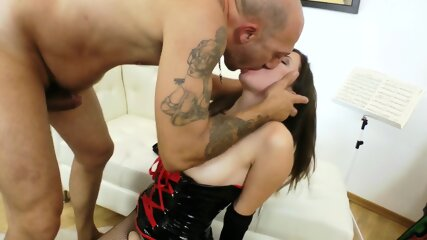 Old female with a young guy (1)