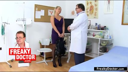 Blonde Nurse Plays With Vagina - scene 12