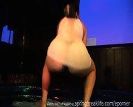 Wet Booty Shake Contest - scene 1