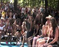Naked Booty Shake Contest - scene 11