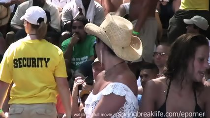 Naked Booty Shake Contest - scene 6
