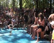 Wet Bikini Booty Shake - scene 6