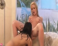 Darkhair Lezzies Fingering Incredible - scene 6
