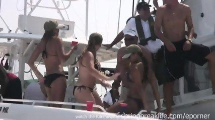 Wild Miami Boat Bash - scene 4
