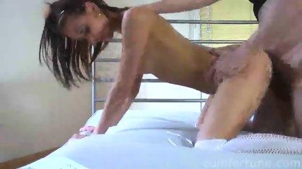 Amateur Babe Sue Likes Sex - scene 9