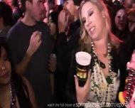 Mardi Gras Flashers - scene 2