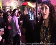 Mardi Gras Girls - scene 12