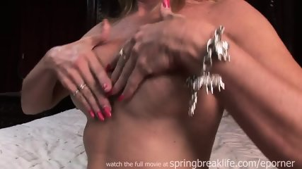 Milf Lotions Up Naked Body - scene 9