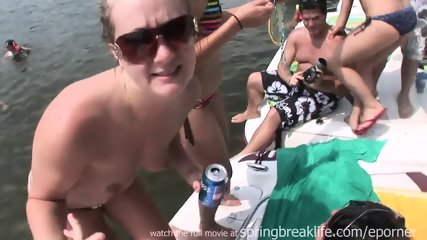 Weekend Boat Bash - scene 3