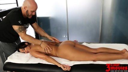 Hardcore Sex After Massage - scene 2