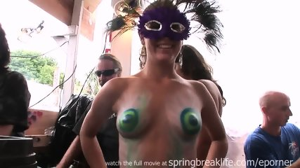 Hot Chicks Getting Tiny Tits Painted - scene 1