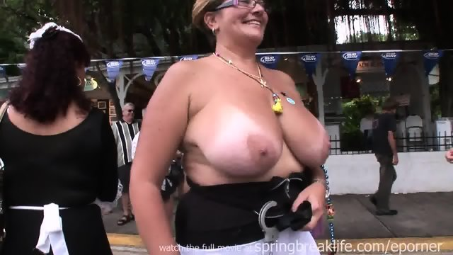 Daytime Titties In Key West