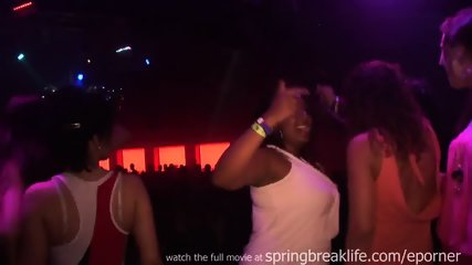 Girls Kissing And Grindin In A Club - scene 3
