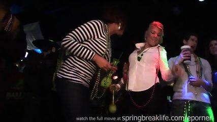Club Flashing - scene 6