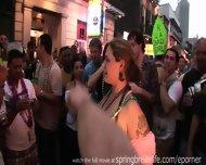 Mardi Gras Daytime Flashers - scene 9