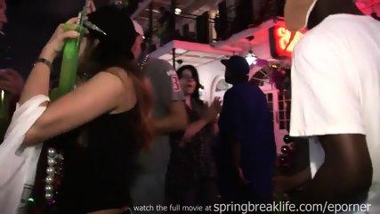 Mardi Gras Flashers - scene 8