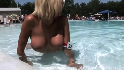 Naked Girls - scene 10