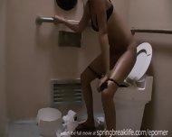 Hot Girl Pees - scene 10
