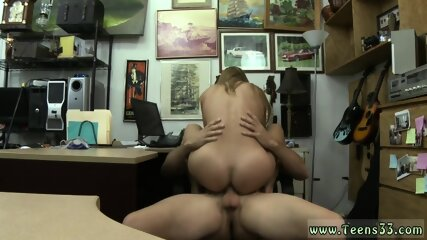 Hot little 18 amateur and muscle guy fucks girl Cashing in!