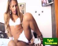 Brazilian Ts Bianca Cordelly Stripping - scene 2