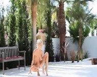 Super Flexi Angular Girl Peeing Outdoors - scene 1