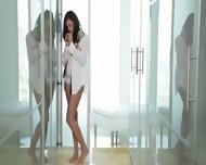 Brunette 19yo Girl Penetrated In Sensitive - scene 2