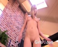 Gyno Mirror In Her Sticky Snatch - scene 2