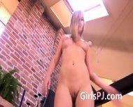 Gyno Mirror In Her Sticky Snatch - scene 2