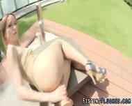 Solo Babe Assfist Outdoor - scene 8