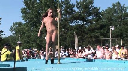 Pole Dancing - scene 9
