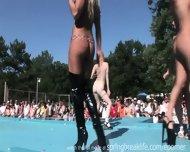 Pole Dancing - scene 10
