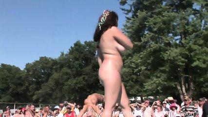 Pole Dancing - scene 3