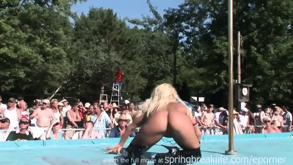 Pole Dancing - scene 5