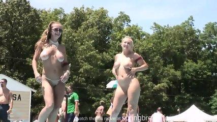 Nudes A Poppin - Go Go