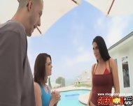 Lovely Hot Babe Kiera Winters Opens Her Twat - scene 1