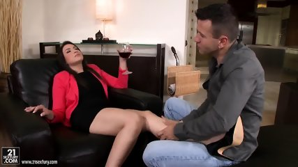 Feet Massage Turns Into Anal Sex - scene 1