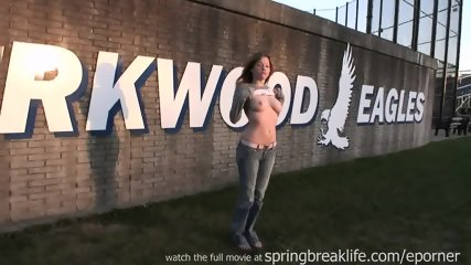 Dreamgirls public-nudity college-campus - scene 1