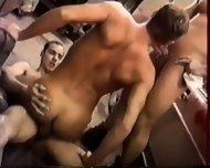 Body Prod Garage - scene 7