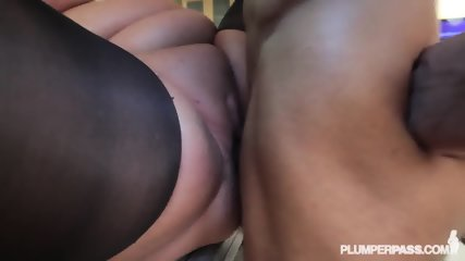 Fat Lady With Pantyhose Gets Banged On Countertop - scene 12