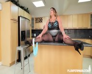 Fat Lady With Pantyhose Gets Banged On Countertop - scene 3