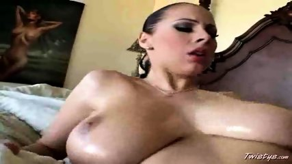 Big Dick meets bigboobed Gianna - scene 12