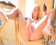 Clitoris Stimulated Well - scene 6