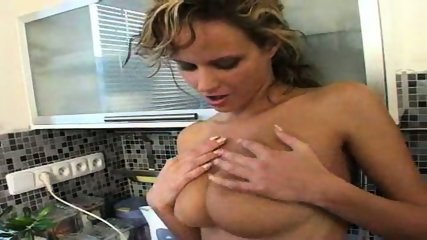 Pretty Girl with big Tits - scene 11