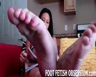 Worship Me And My Friend Roxie S Sexy Feet - scene 7