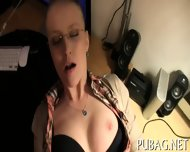 Stimulating Blowjob Delights - scene 5