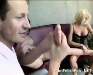 Skilful Footfetish Ladies In Ffm - scene 5