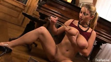Piano Girl Snow masturbating 5 - scene 9