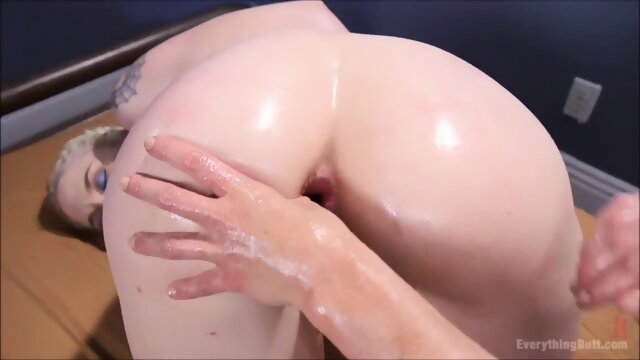 Lesbian Anal Gape Fucking