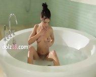 True Beauty In The Jacuzzi Tube - scene 1