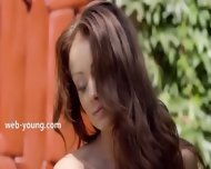 Darkhair And Outdoor Fingering Pussy - scene 1